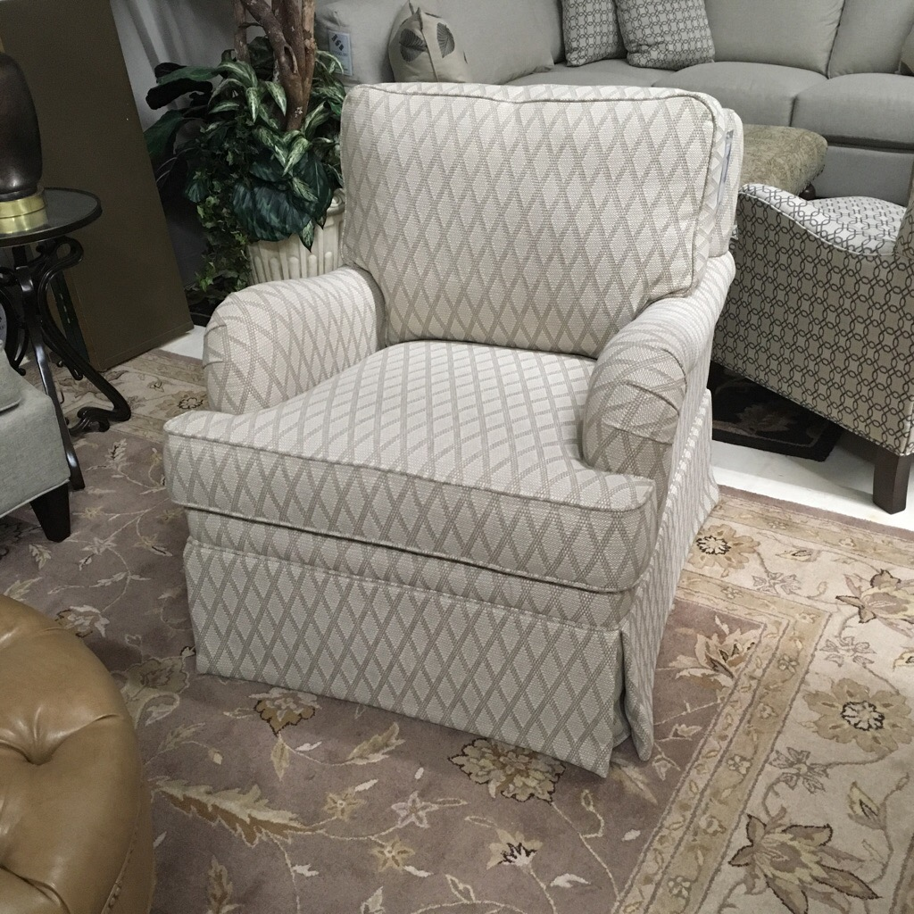 Swivel glider for people who like to move